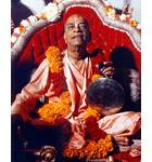 Srila Prabhupada at New Dwaraka, Playing Gong