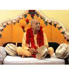 Srila Prabhupada in New York, On Vyasasana with Gong